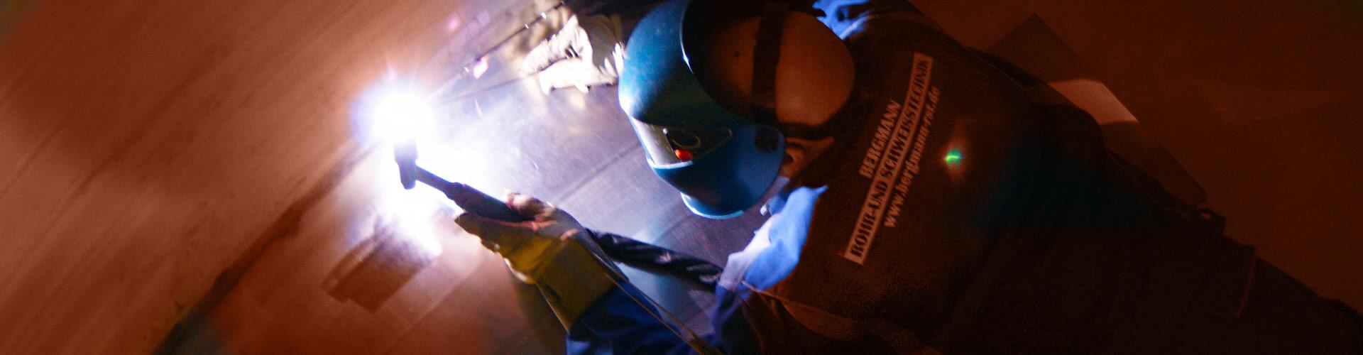 Qualitätsüberwachung beim Edelstahlschweißen, Behälterbau und Rohrleitungssystemen - Bergmann RST Rohr- und Schweisstechnik